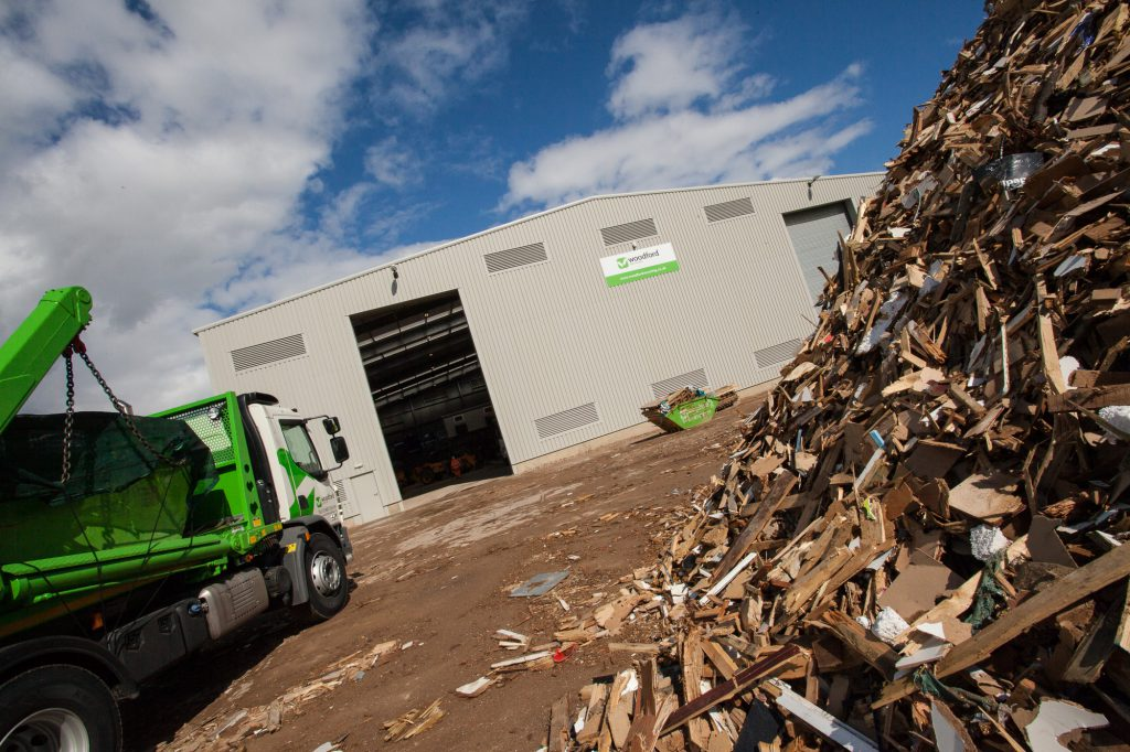 woodford-recycling-services-recycling-process-vehicle-2
