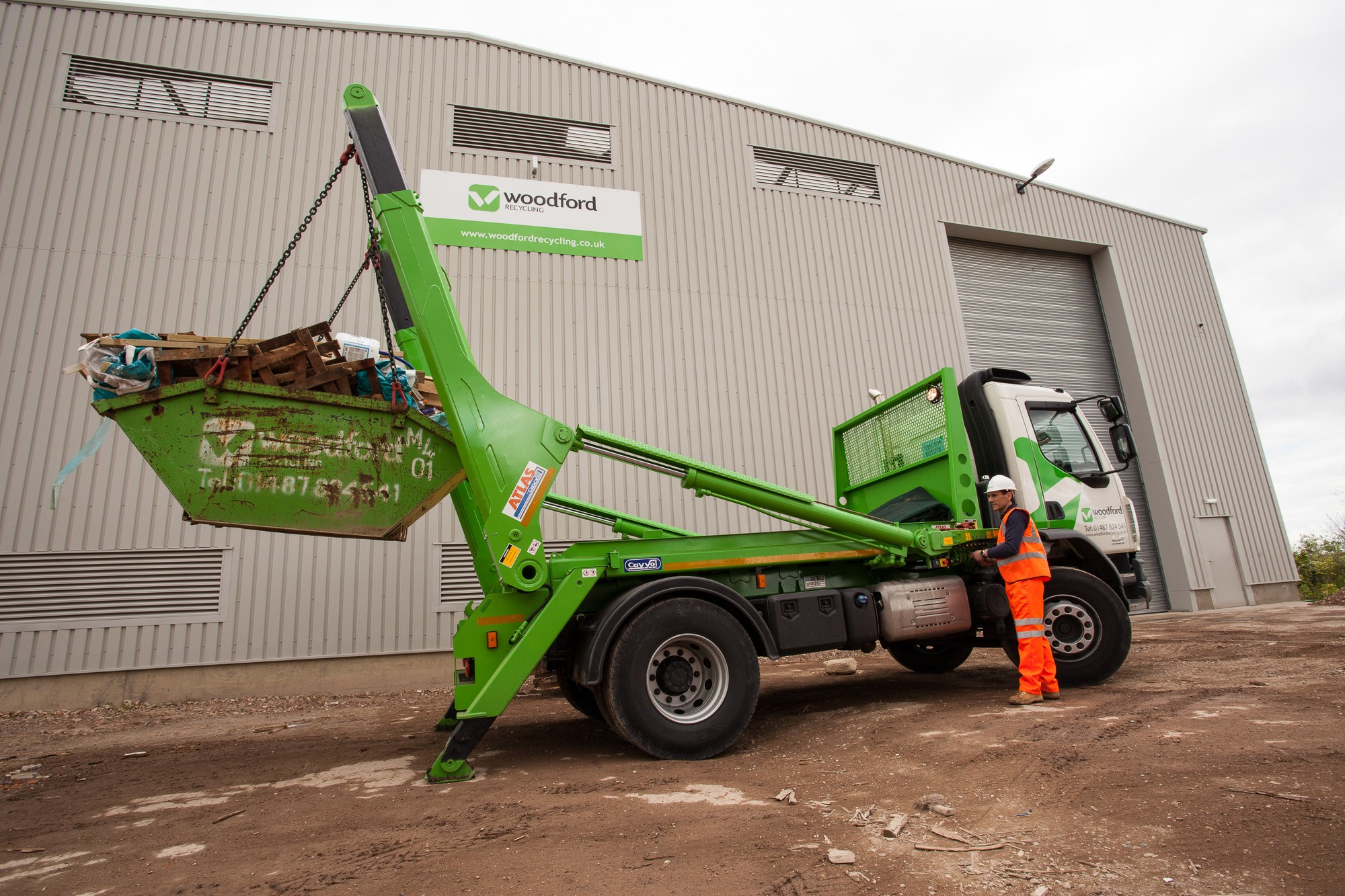 woodford-recycling-skip-hire-vehicle-3