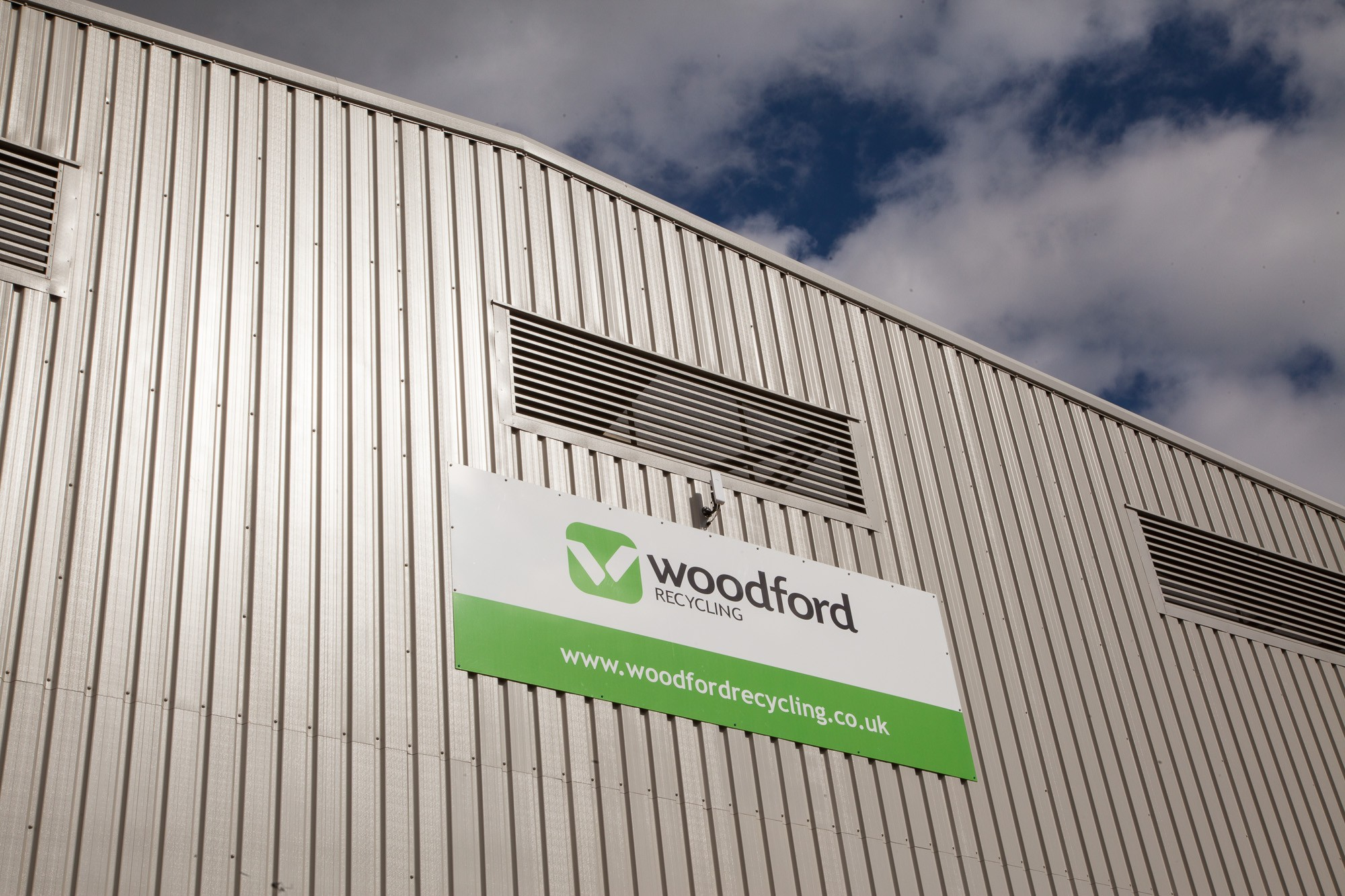 Woodford-recycling-sign